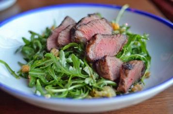 Grilled artichoke salad with steak